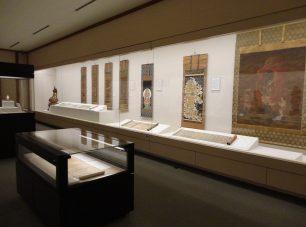 延暦寺堂舎、山麓里坊の仏像・仏画などを展示<br/>