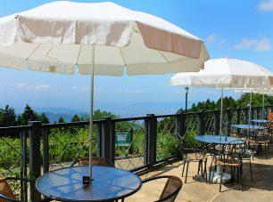 テラスはびわ湖・京都市内が見渡せるビュースポット。絶景を眺めながら、喫茶・お食事を