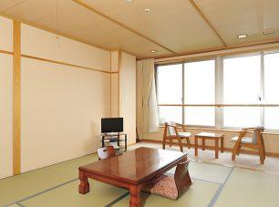 宿坊の「本館和室(琵琶湖側)」