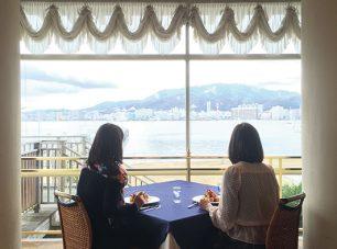 フレンチレストランで、びわ湖を眺めながらお食事も。